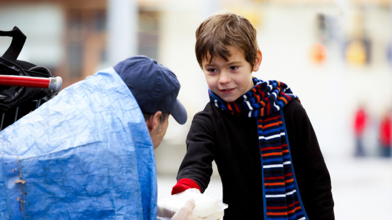 3 Great Tips on How to Teach Your Kids About Homelessness
