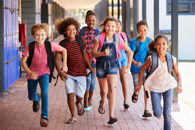 The Essential Back to School Supplies List for People on a Tight Budget